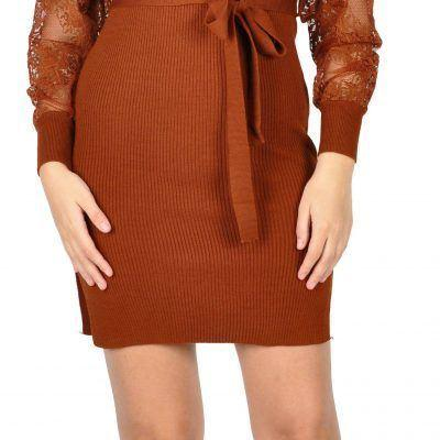 Rochie maro tricotata cu decolteu petrecut C9016 M - Black Friday 2016 Clickshop